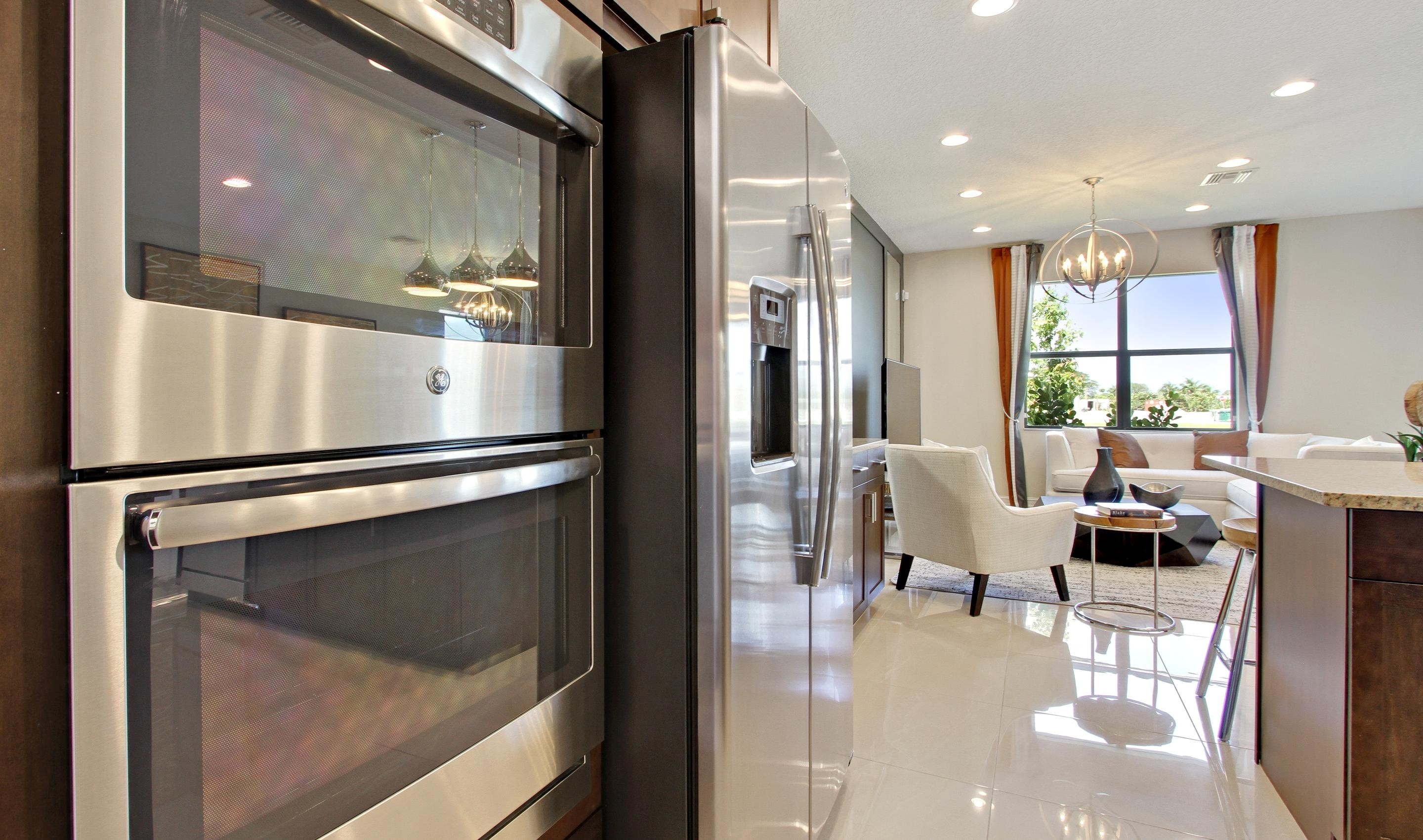 Gourmet kitchen with 2 wall ovens