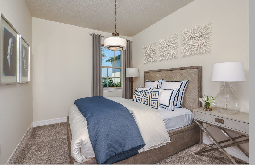 Serenity: Private Secondary Bedroom- Perfect for Guests
