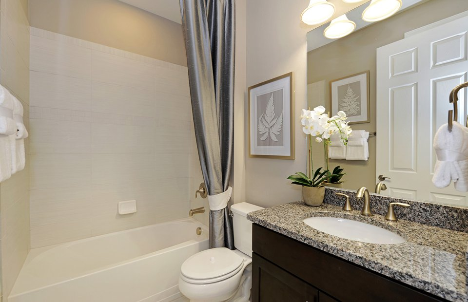 Summerwood: Secondary Bathroom