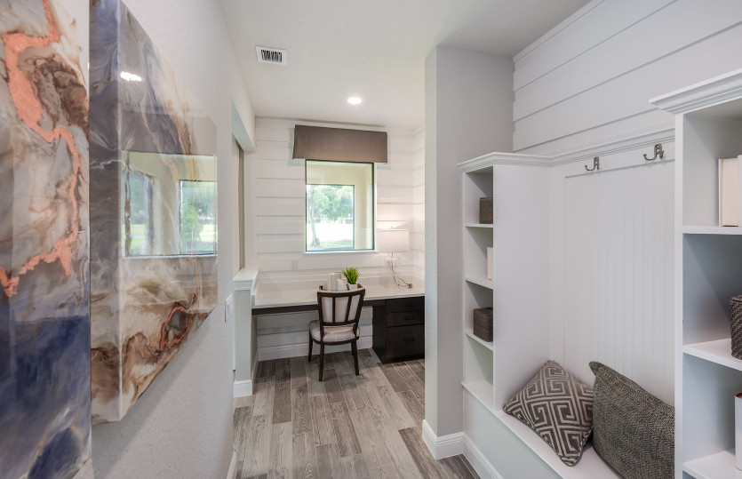 Fifth Avenue: Model Representation: Everyday Entry and Pulte Planning Center