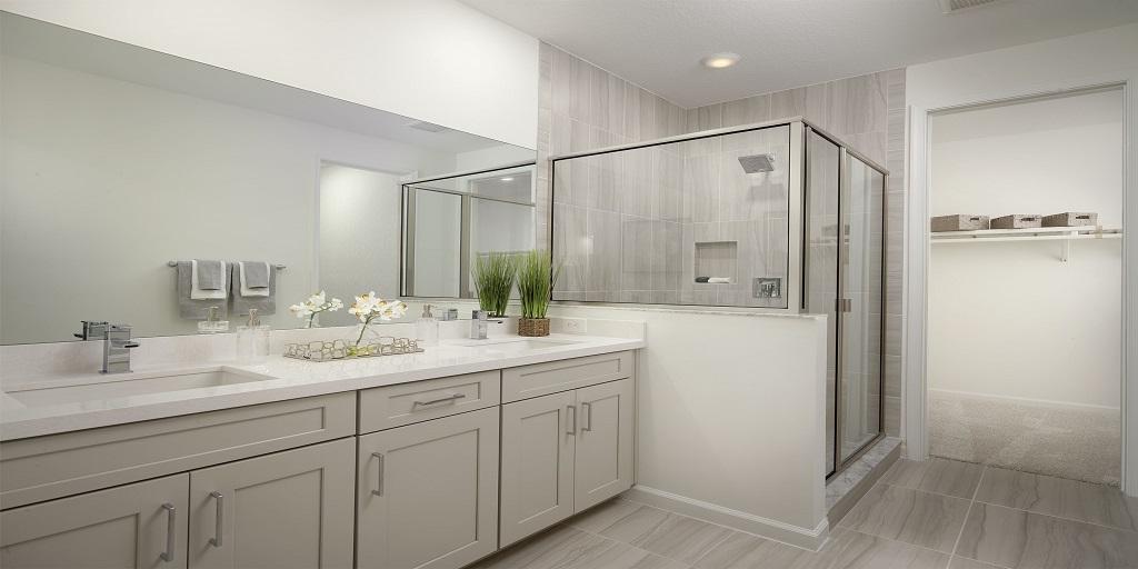 Spruce: Master Bath