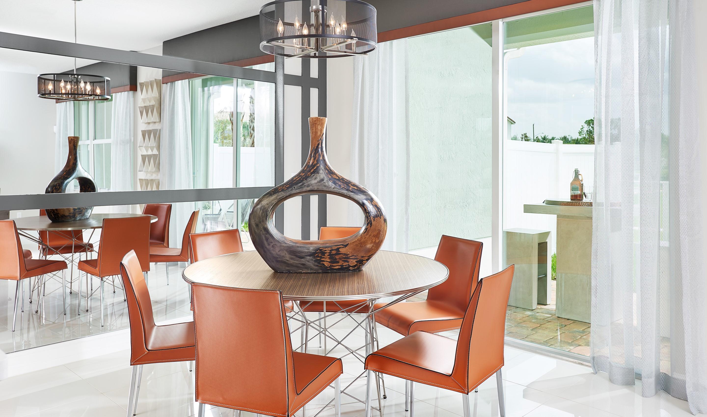 Cozy dining room
