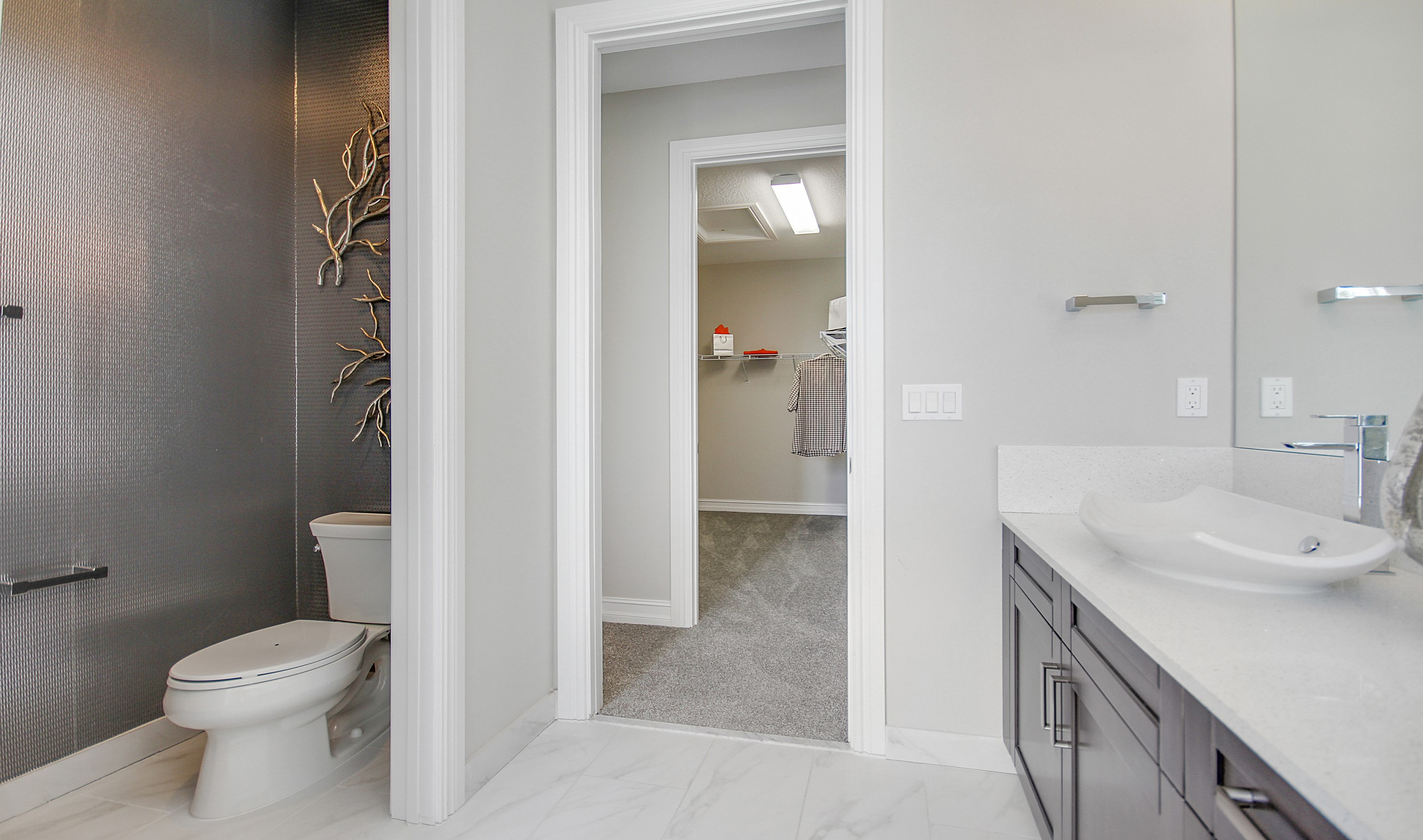 Owner's bath with double sinks