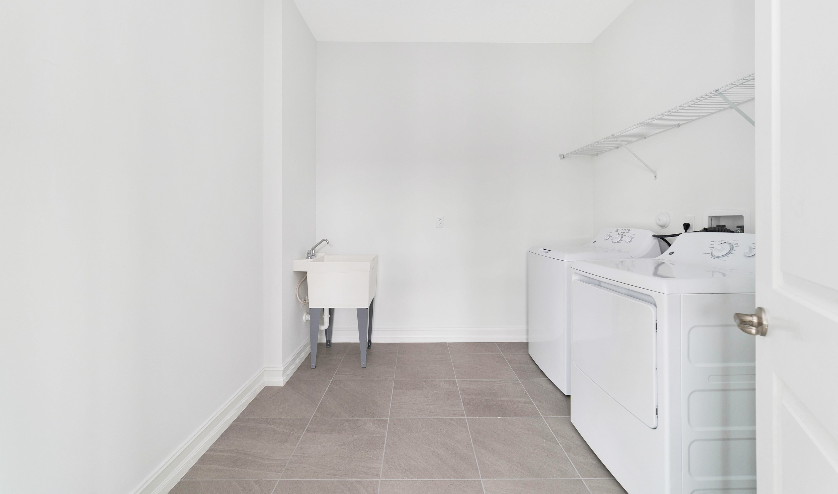 Convenient 2nd floor laundry room
