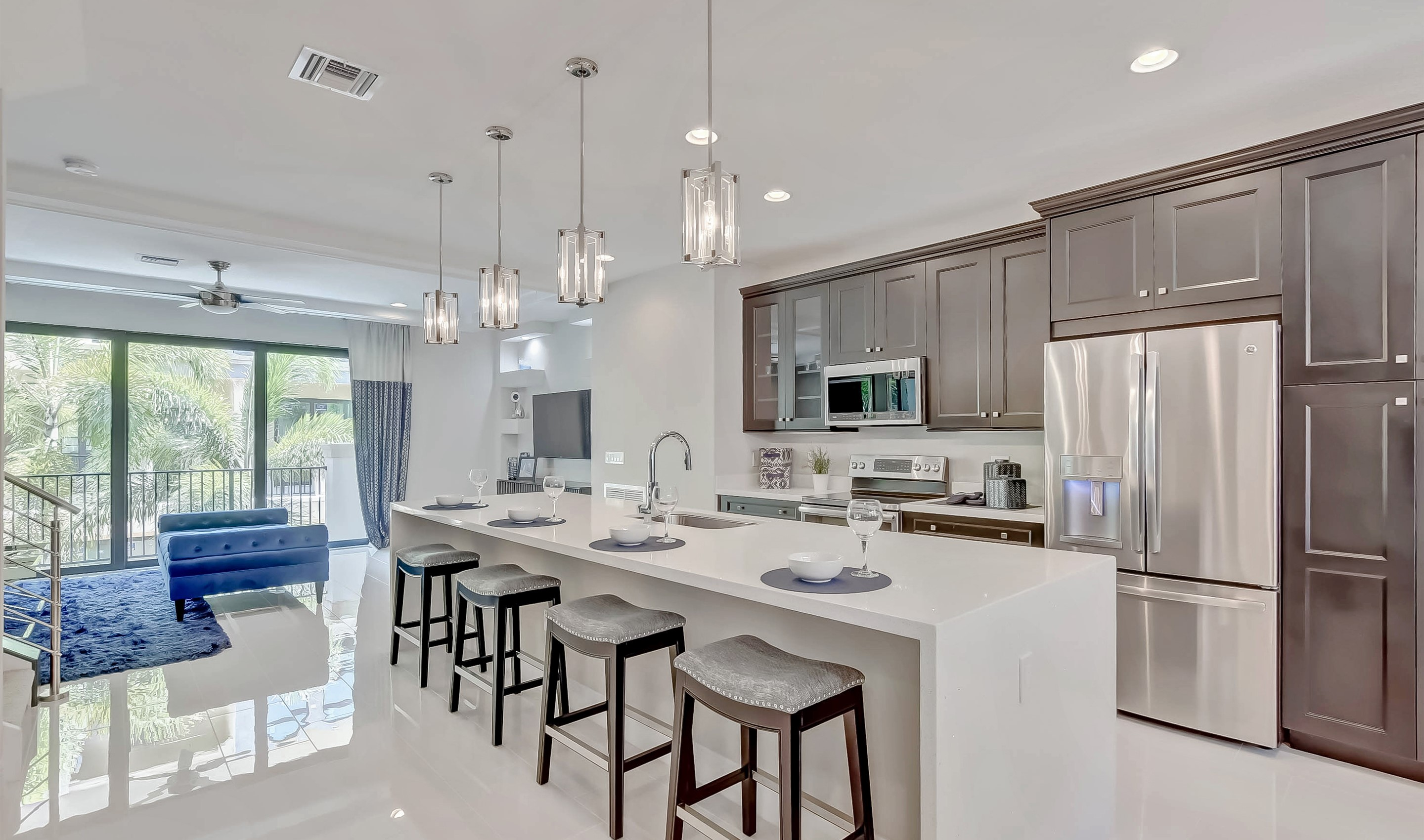 Sprawling island in kitchen